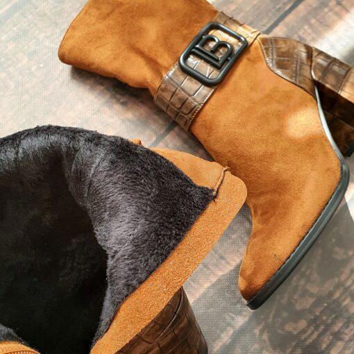Členkové čižmy koňakovej farby Laura Biagiotti